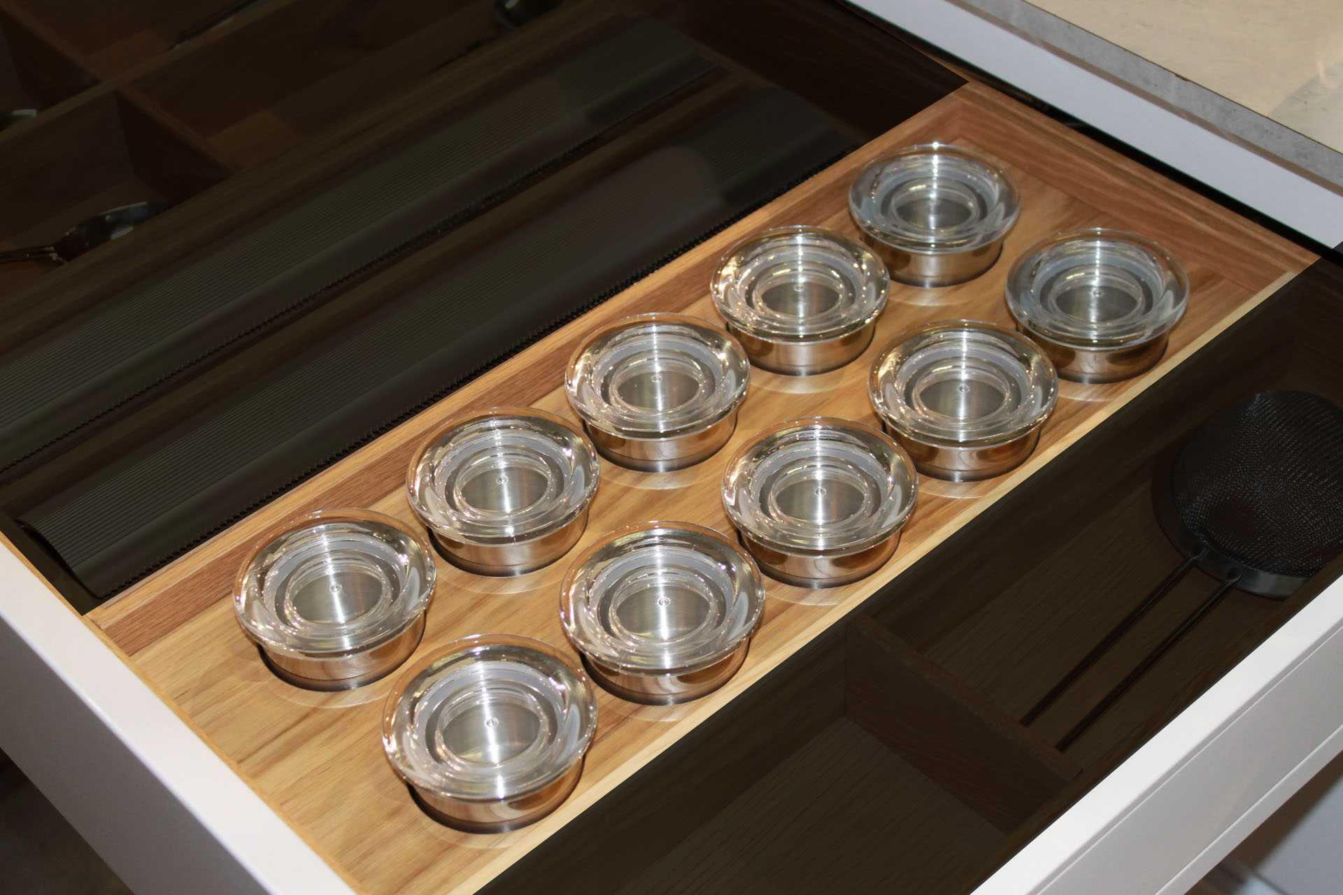 Full Size of Rational Funktionseinsatz Gewrzhalter Walnuss Zubehr Miniküche Mit Kühlschrank Ikea Stengel Roller Regale Wohnzimmer Roller Miniküche