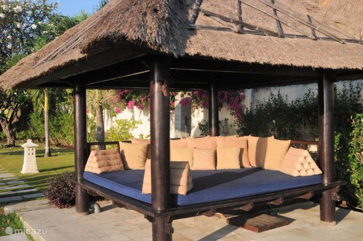 Medium Size of Bali Bett Outdoor Kaufen Villa Insulinde Dencarik Nord In Lovina Betten Holz 90x190 Gebrauchte Mannheim Mit Rückenlehne 160 Tatami Schlicht Luxus Kopfteil Wohnzimmer Bali Bett Outdoor