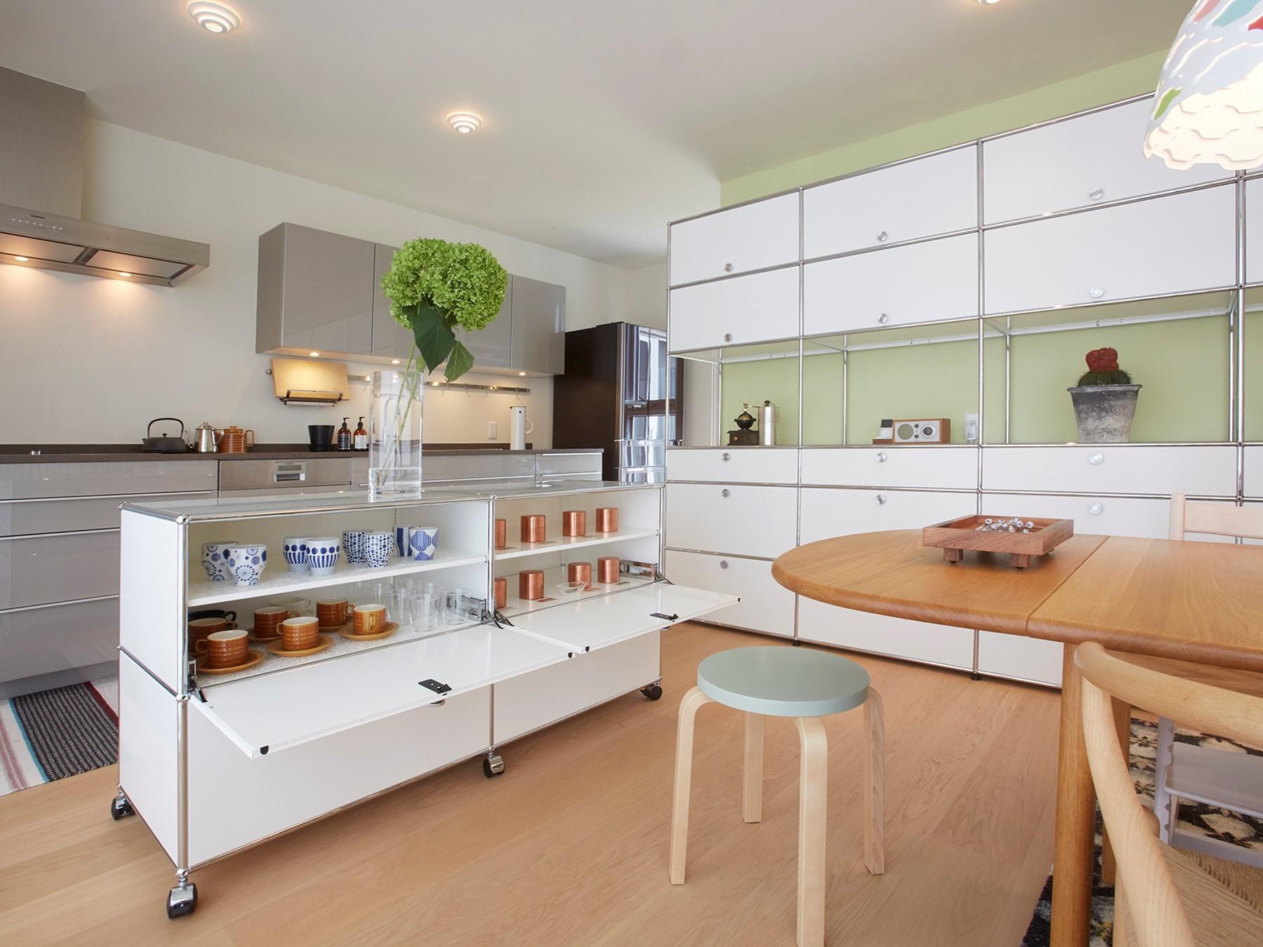 Full Size of Mit Usm Haller Einfallsreiche Aufbewahrungsmglichkeiten Auch In Stehhilfe Küche Kaufen Tipps Elektrogeräten Müllschrank Fettabscheider Nischenrückwand Wohnzimmer Aufbewahrungsideen Küche
