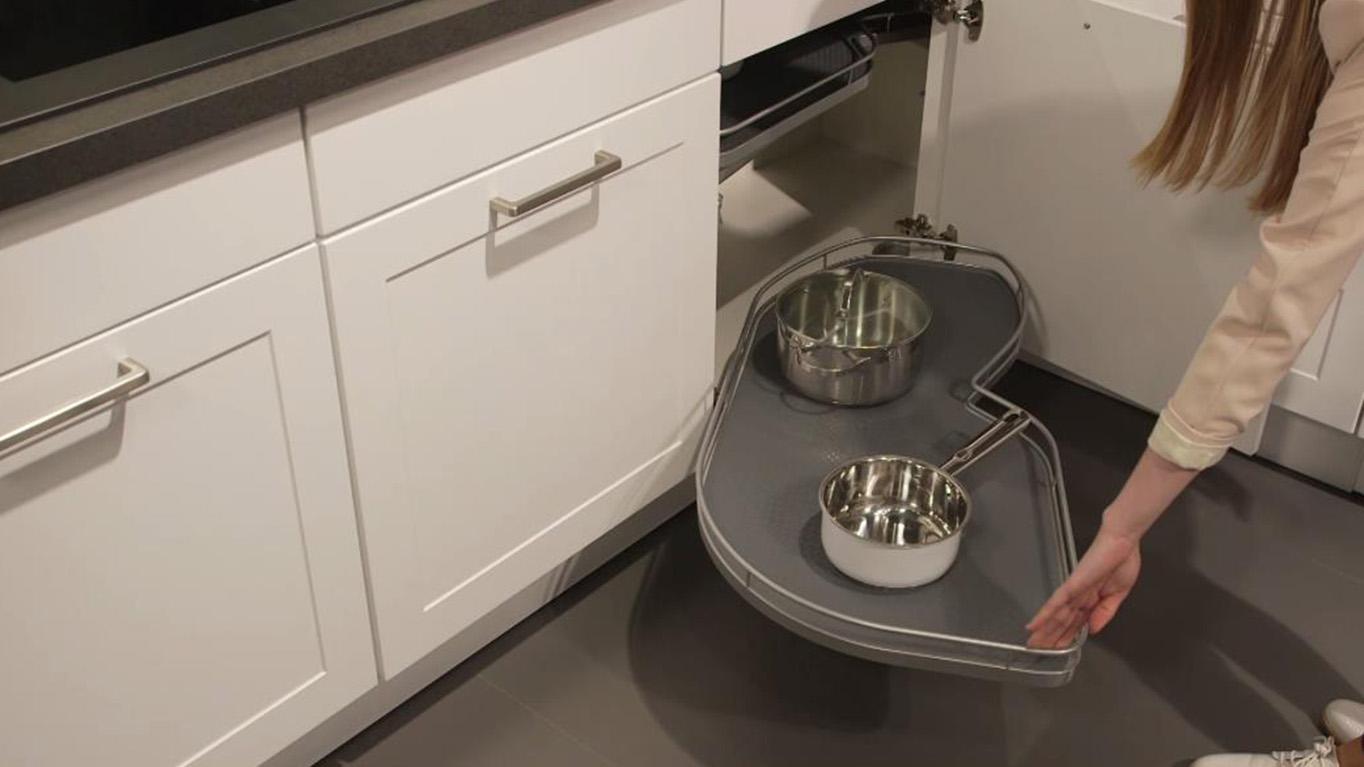 Full Size of Unser Stauraumwunder Nobilia Kchen Apothekerschrank Küche Wohnzimmer Apothekerschrank Halbhoch