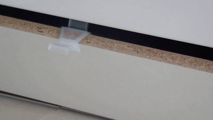 Medium Size of Kche Sockel Montieren Youtube Einbauküche Nobilia Küche Wohnzimmer Nobilia Wandabschlussleiste