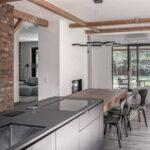 Schicke Moderne Einrichtung Mit Weien Und Gemauerte Wnde Led Beleuchtung Küche Ikea Miniküche Sprüche Für Die Kaufen Günstig Holz Weiß Anrichte Wohnzimmer Gemauerte Küche