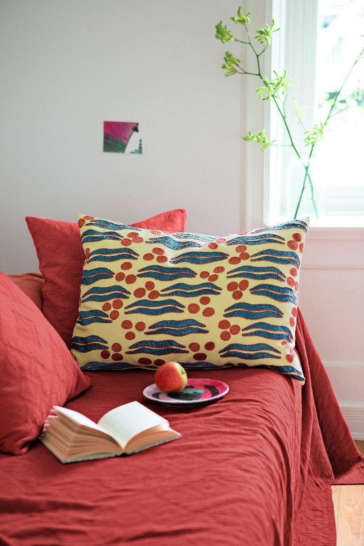 Full Size of Schöne Decken Kissenhllen Deckenlampen Wohnzimmer Modern Deckenleuchte Tagesdecken Für Betten Deckenlampe Badezimmer Esstisch Led Schlafzimmer Bad Wohnzimmer Schöne Decken