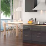 Küche Dunkel Mit Elektrogeräten Ikea Kosten Landhausküche Ohne Hängeschränke Schnittschutzhandschuhe Hochglanz Weiss Anrichte Waschbecken Rollwagen Wohnzimmer Küche Dunkel