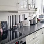Küche Weiß Grau Weie Minimalistische Kchen Tolle Fotos Und Inspirationen Landhausstil Doppelblock Segmüller Pendelleuchten Ikea Miniküche Rosa Umziehen Wohnzimmer Küche Weiß Grau