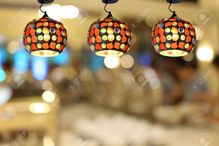 Medium Size of Warme Beleuchtung Im Caf Und Bett 180x200 Duschen Fürs Wohnzimmer Esstische Schlafzimmer Küche Bad Sofa Landhausküche Wohnzimmer Moderne Deckenleuchten