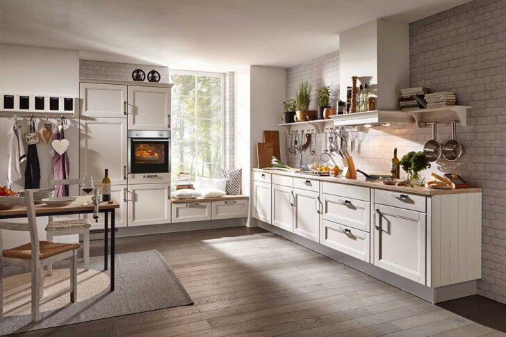 Medium Size of Landhausküche Grün Weiß Weisse Gebraucht Grau Sofa Grünes Moderne Regal Küche Mintgrün Wohnzimmer Landhausküche Grün