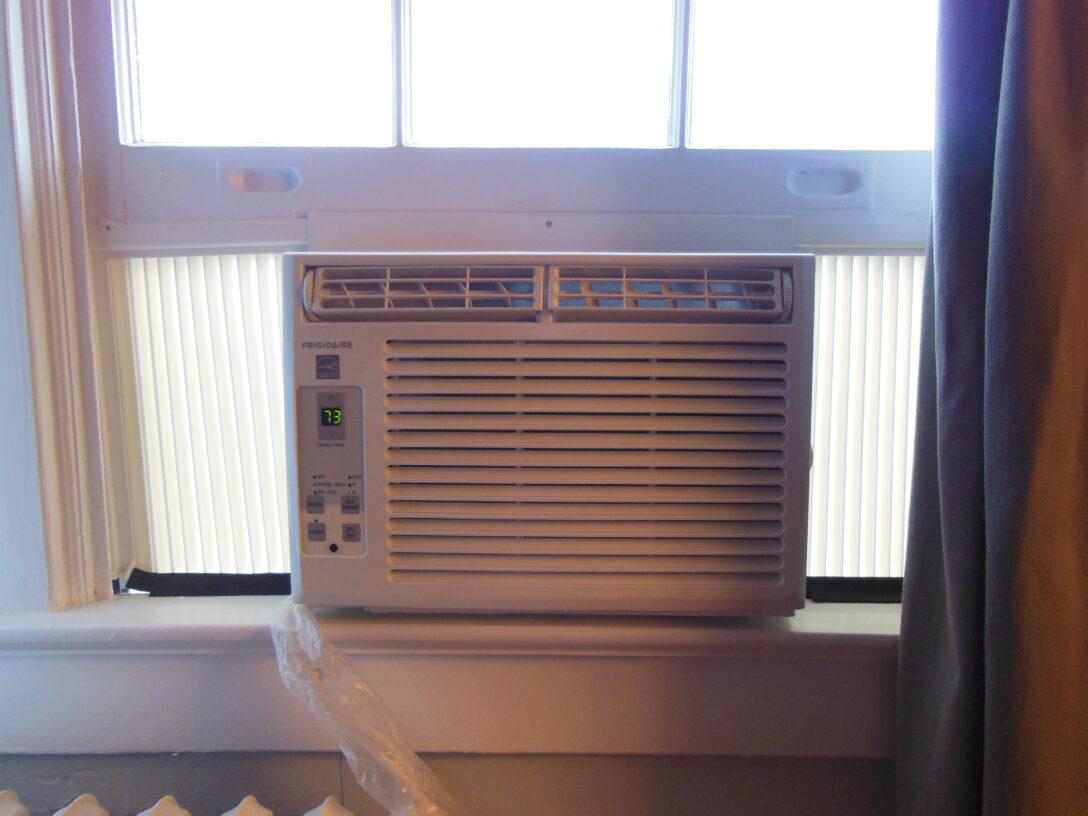 Large Size of Fenster Klimaanlage 38 Erschpft Sonnenschutz Innen Kaufen In Polen Sichtschutzfolien Für Putzen Insektenschutz Braun Abdichten Mit Sprossen Maße Wohnzimmer Fenster Klimaanlage