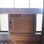 Fenster Klimaanlage Wohnzimmer Fenster Klimaanlage 38 Erschpft Sonnenschutz Innen Kaufen In Polen Sichtschutzfolien Für Putzen Insektenschutz Braun Abdichten Mit Sprossen Maße