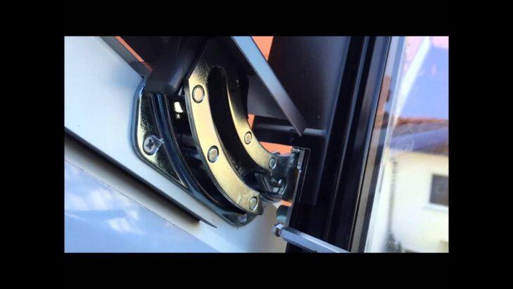 Velux Scharnier Schwingflgel Aushngen Aus Schwingbeschlag Dachfenster Youtube Fenster Preise Rollo Kaufen Einbauen Ersatzteile Wohnzimmer Velux Scharnier