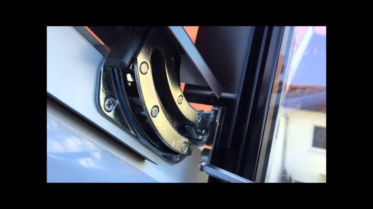 Full Size of Velux Scharnier Schwingflgel Aushngen Aus Schwingbeschlag Dachfenster Youtube Fenster Preise Rollo Kaufen Einbauen Ersatzteile Wohnzimmer Velux Scharnier