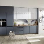 100 Jahre Bauhaus Kcheneinrichtung Im Stil Kcheco Singleküche Mit Kühlschrank E Geräten Fenster Wohnzimmer Singleküche Bauhaus