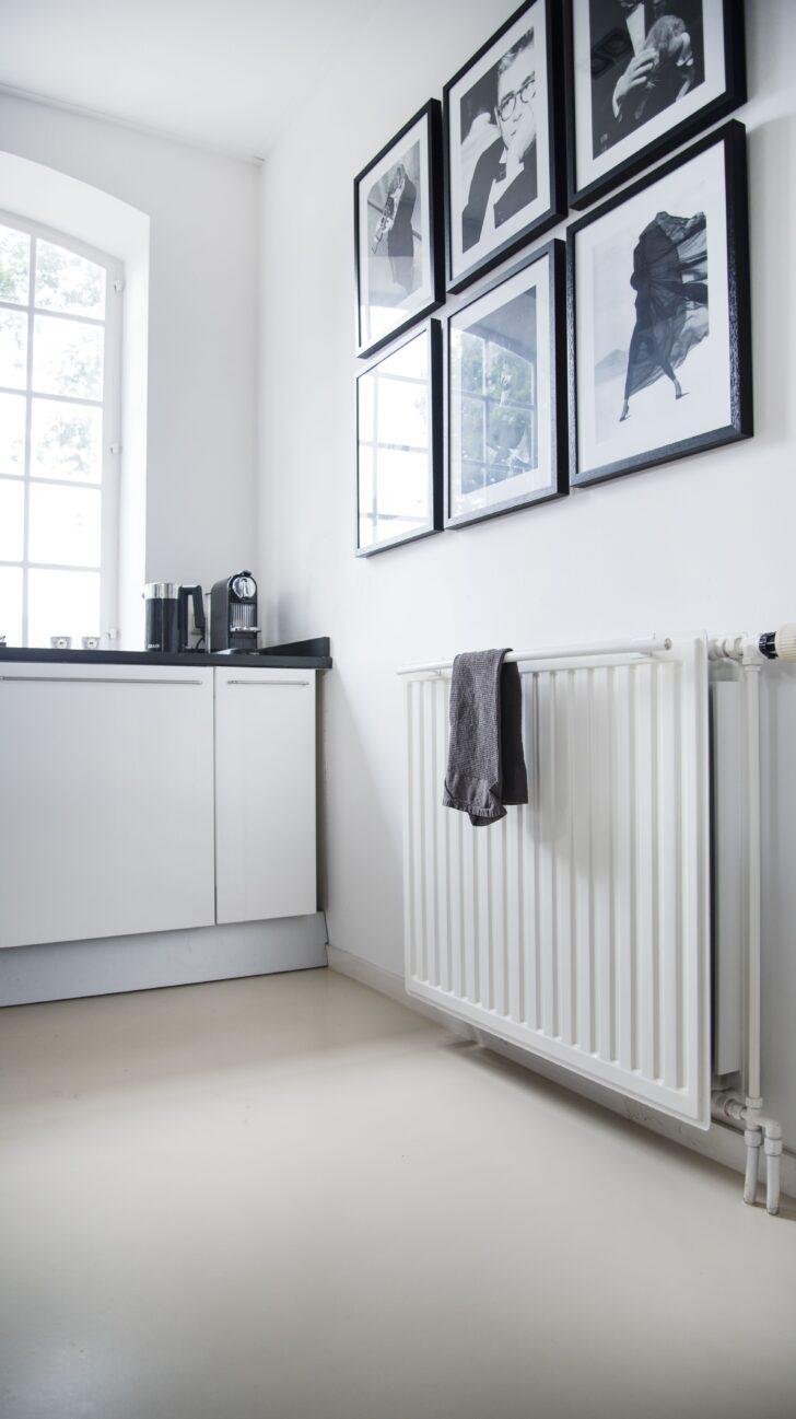 Medium Size of Ein Heizkrper Mit Einem Handtuchhalter In Der Kche Sentimo Bad Heizkörper Wohnzimmer Elektroheizkörper Für Badezimmer Küche Wohnzimmer Handtuchhalter Heizkörper