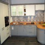 Küche U-form Wohnzimmer Küche U Form Gnstige Musterkche Kche In U Form Von Hcker Erhltlich Was Kostet Eine Mit Insel Selber Planen Erweitern Beistellregal Ebay Einbauküche