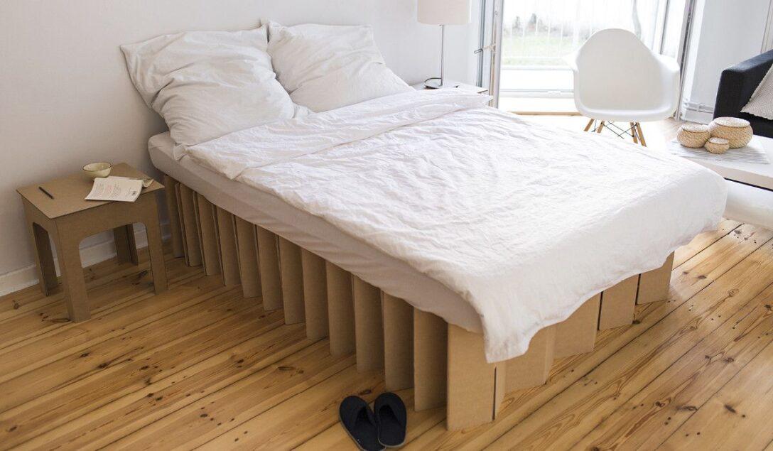 Large Size of Pappbett Ikea Roominabobett Aus Wellpappe Weies Schlafzimmer Dekor Miniküche Modulküche Betten 160x200 Sofa Mit Schlaffunktion Küche Kosten Kaufen Bei Wohnzimmer Pappbett Ikea