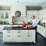 Freistehende Küchen Kchenformen Im Berblick Vor Und Nachteile Regal Küche Wohnzimmer Freistehende Küchen