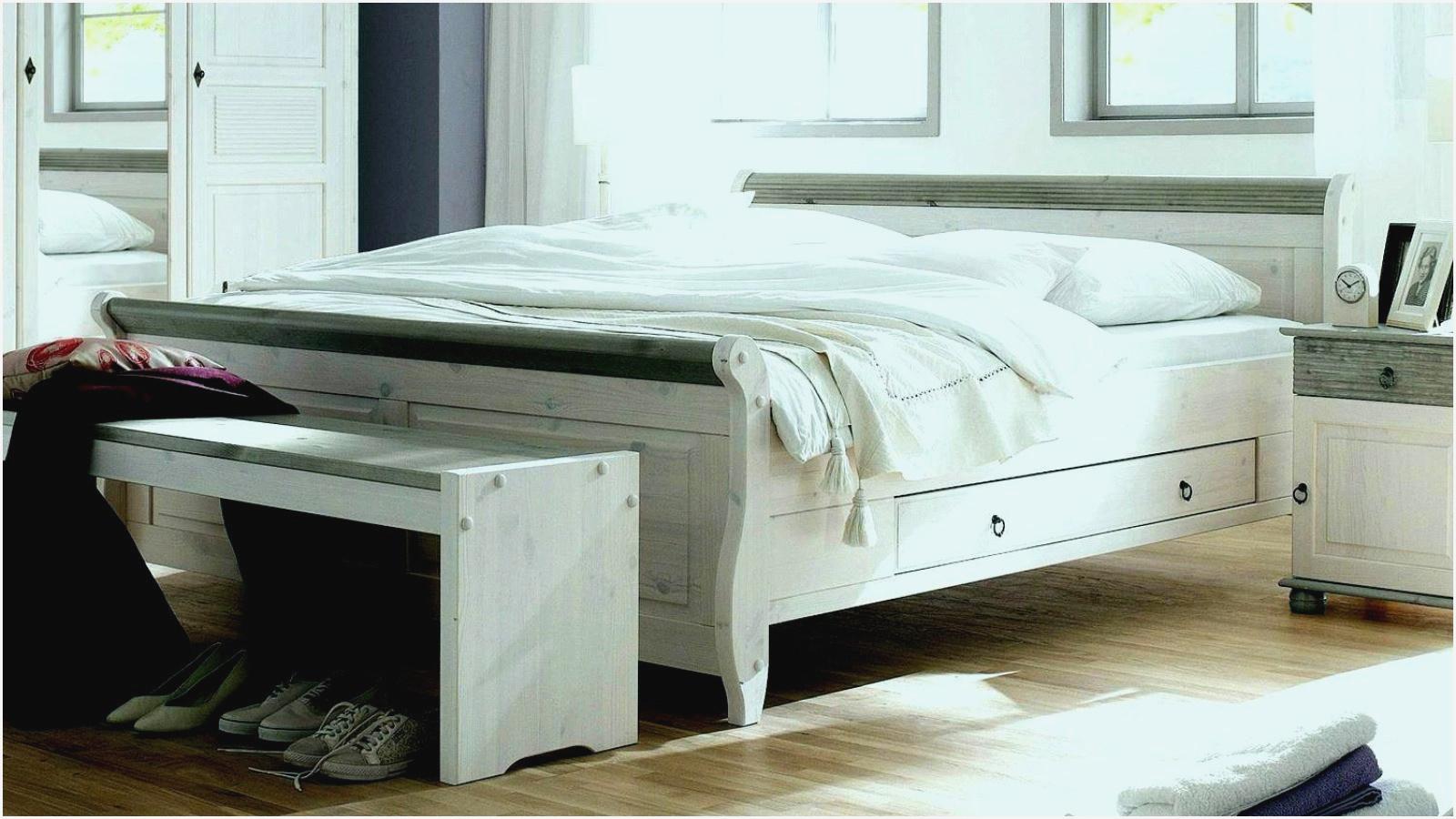 Full Size of Roller Schlafzimmer Teppich Wiemann Kommode Led Deckenleuchte Weiss Landhausstil Deckenleuchten Weißes Sessel Schranksysteme Komplett Mit Lattenrost Und Wohnzimmer Roller Schlafzimmer