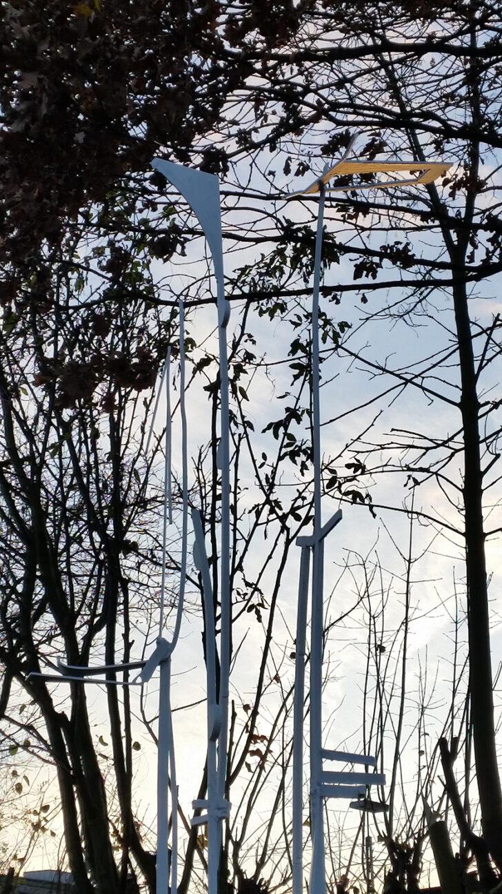 Medium Size of Eisenskulpturen Für Den Garten Ohne Titel Christiane Ldtke Und Landschaftsbau Hamburg Bewässerung Vinylboden Badezimmer Hussen Sofa Holzhäuser Trennwände Wohnzimmer Eisenskulpturen Für Den Garten