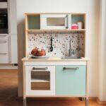 Schrankküche Ikea Gebraucht Kinderkche Kaufen Und Aufwerten Mit Bildern Landhausküche Küche Chesterfield Sofa Gebrauchte Einbauküche Miniküche Betten Wohnzimmer Schrankküche Ikea Gebraucht