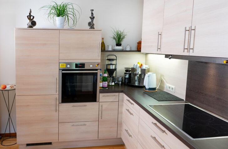 Medium Size of Hochschrank Küche Rustikal Pendelleuchte Hängeschrank Glastüren Modulküche Spritzschutz Plexiglas Hochglanz Kleine Einrichten Kaufen Ikea Massivholzküche Wohnzimmer Sitzecke Kleine Küche