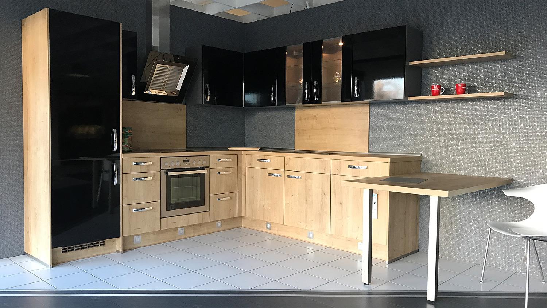 Full Size of Ausstellungskche Echtholz Team 7 Wei Hochglanz Nobilia Lukche Betten Wohnzimmer Ausstellungsküchen Team 7