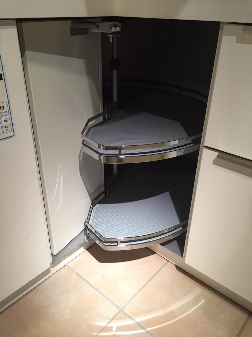 Full Size of Küchen Eckschrank Rondell Kostenintensive Praktische Planungselemente Kchen Info Schlafzimmer Bad Küche Regal Wohnzimmer Küchen Eckschrank Rondell