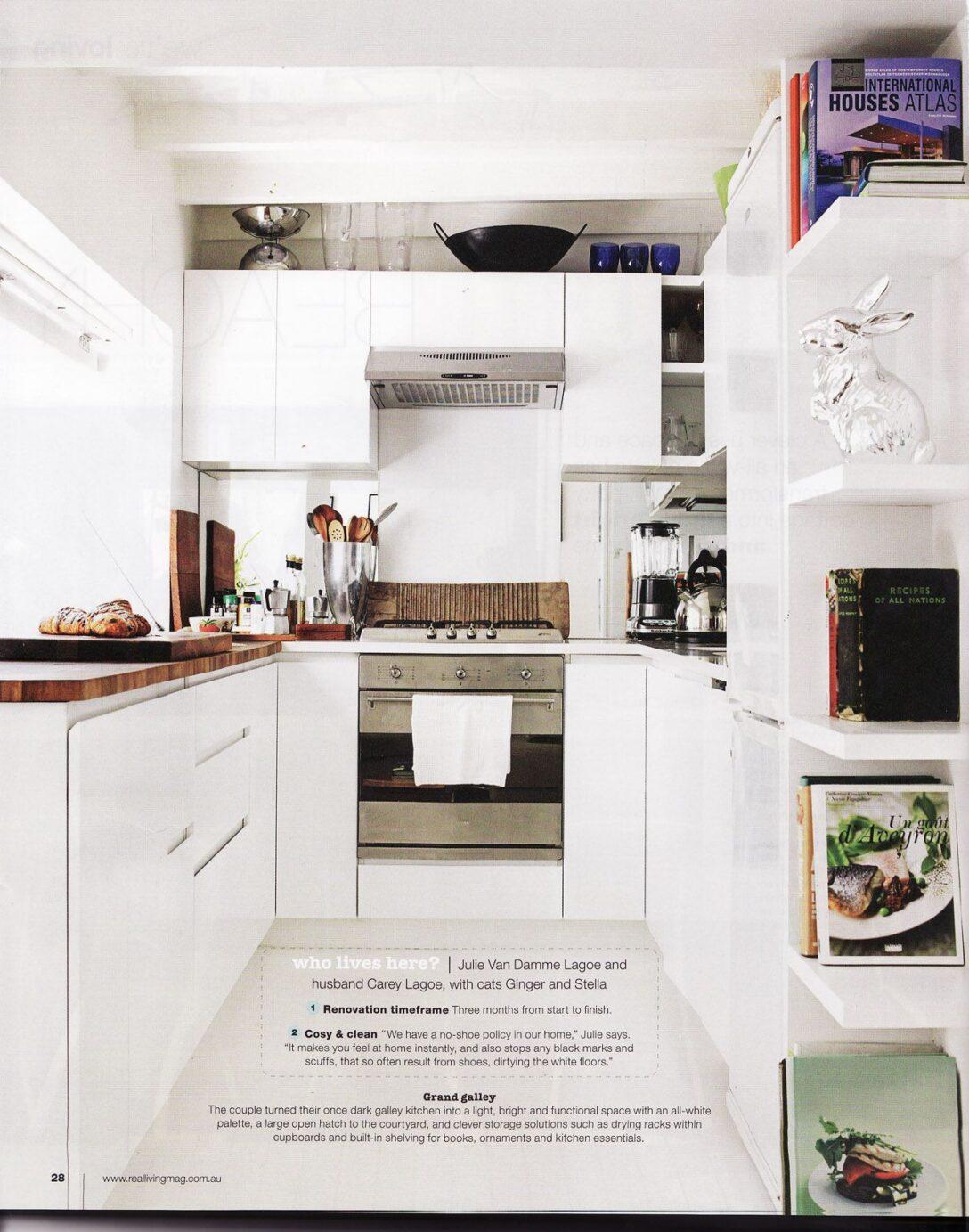Large Size of Real Küchen White Kitchen From Living Magazine Kleine Regal Wohnzimmer Real Küchen