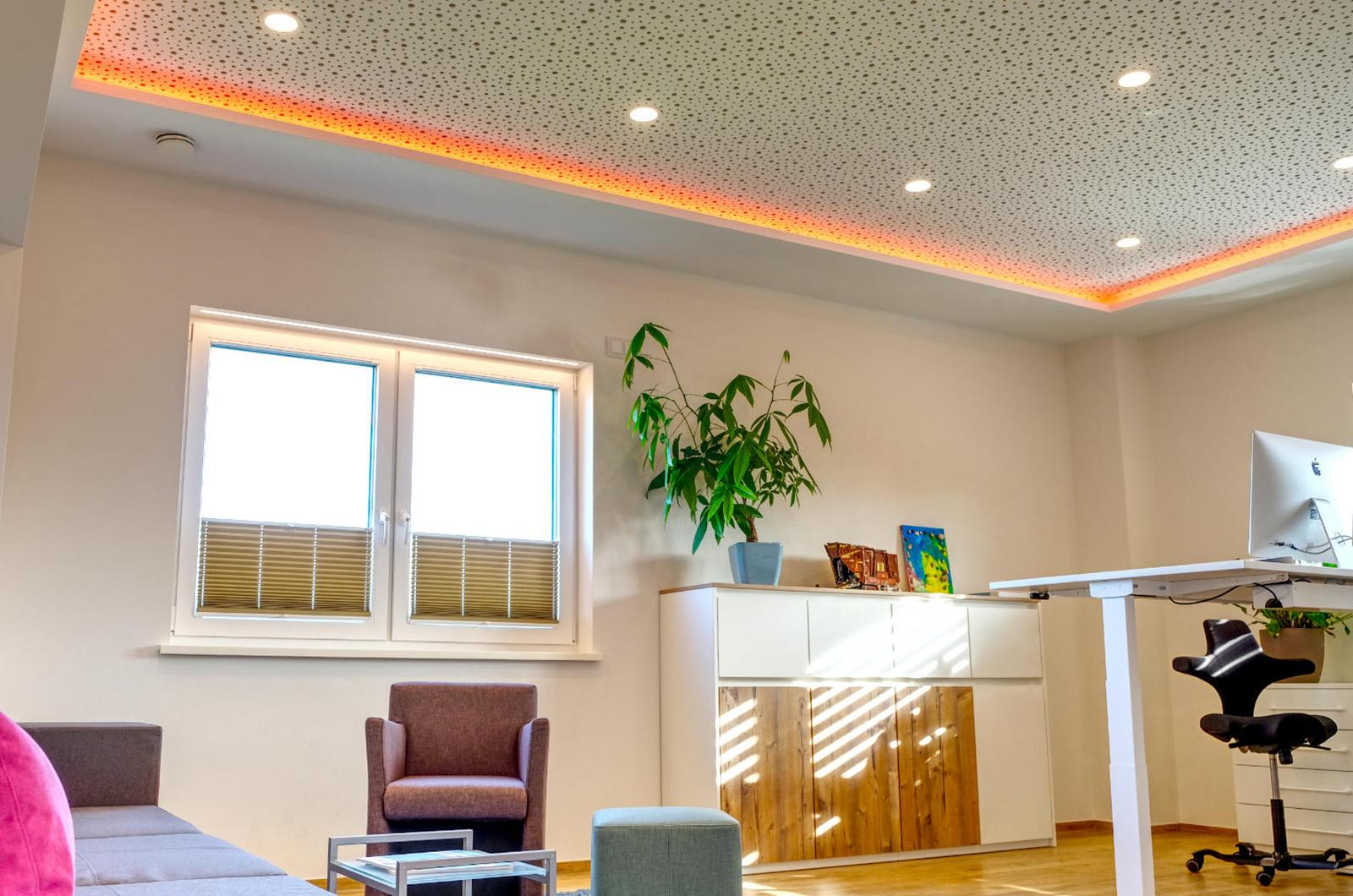 Full Size of Richtige Brobeleuchtung Tipps Tricks Sofa Landhausstil Deckenlampe Schlafzimmer Ausklappbares Bett Deckenleuchte Wohnzimmer Modernes Landhaus Betten Aus Wohnzimmer Moderne Decken Aus Rigips