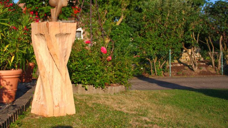 Medium Size of Gartenskulpturen Aus Holz Kaufen Und Glas Selber Machen Skulpturen Gartenskulptur Stein Massivholz Regal Naturholz Esstisch Rustikal Unterschrank Bad Wohnzimmer Gartenskulpturen Holz