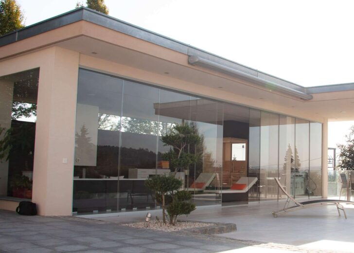 Medium Size of Rahmenlose Fenster Photovoltaikfassade Baumann Glas 1886 Gmbh Bauhaus Wohnzimmer Bauhaus Küchenrückwand