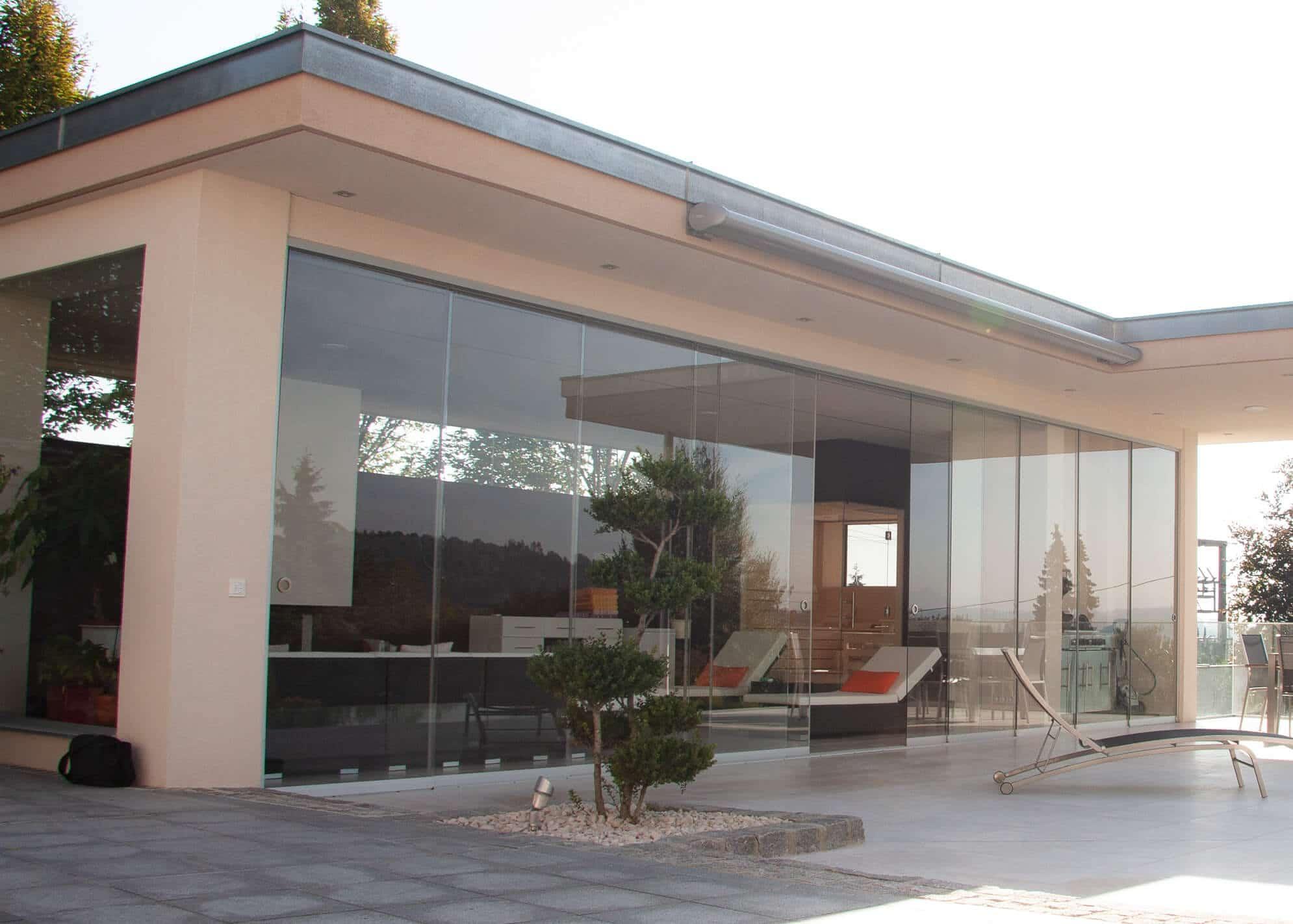 Full Size of Rahmenlose Fenster Photovoltaikfassade Baumann Glas 1886 Gmbh Bauhaus Wohnzimmer Bauhaus Küchenrückwand