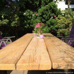 Garten Holztisch Upcycling Diy Tisch Aus Alten Gerstdielen Klappstuhl Liegestuhl Gewächshaus Und Landschaftsbau Hamburg Holzhaus Spielturm Hängesessel Wohnzimmer Garten Holztisch