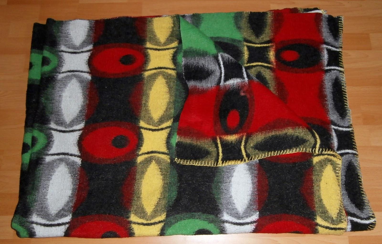 Full Size of Schöne Decken Das Wolldecken Museum The Blankets 2 Schne Wohnzimmer Deckenleuchte Deckenstrahler Bad Deckenlampen Modern Für Deckenleuchten Küche Wohnzimmer Schöne Decken