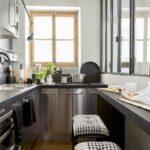 Küche Kleiner Raum Kleine Kche Einrichten Ideen Fr Mehr Platz Das Haus Bodenbelag Finanzieren Stehhilfe Was Kostet Eine Amerikanische Kaufen Griffe Wohnzimmer Küche Kleiner Raum