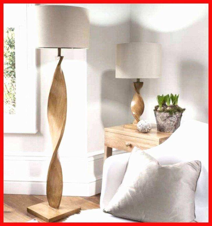 Medium Size of Wohnzimmer Stehlampe Modern Stehlampen Stehleuchte Holz Inspirierend Moderne Landhausküche Esstische Schrankwand Sofa Kleines Deckenlampe Teppiche Deko Rollo Wohnzimmer Wohnzimmer Stehlampe Modern