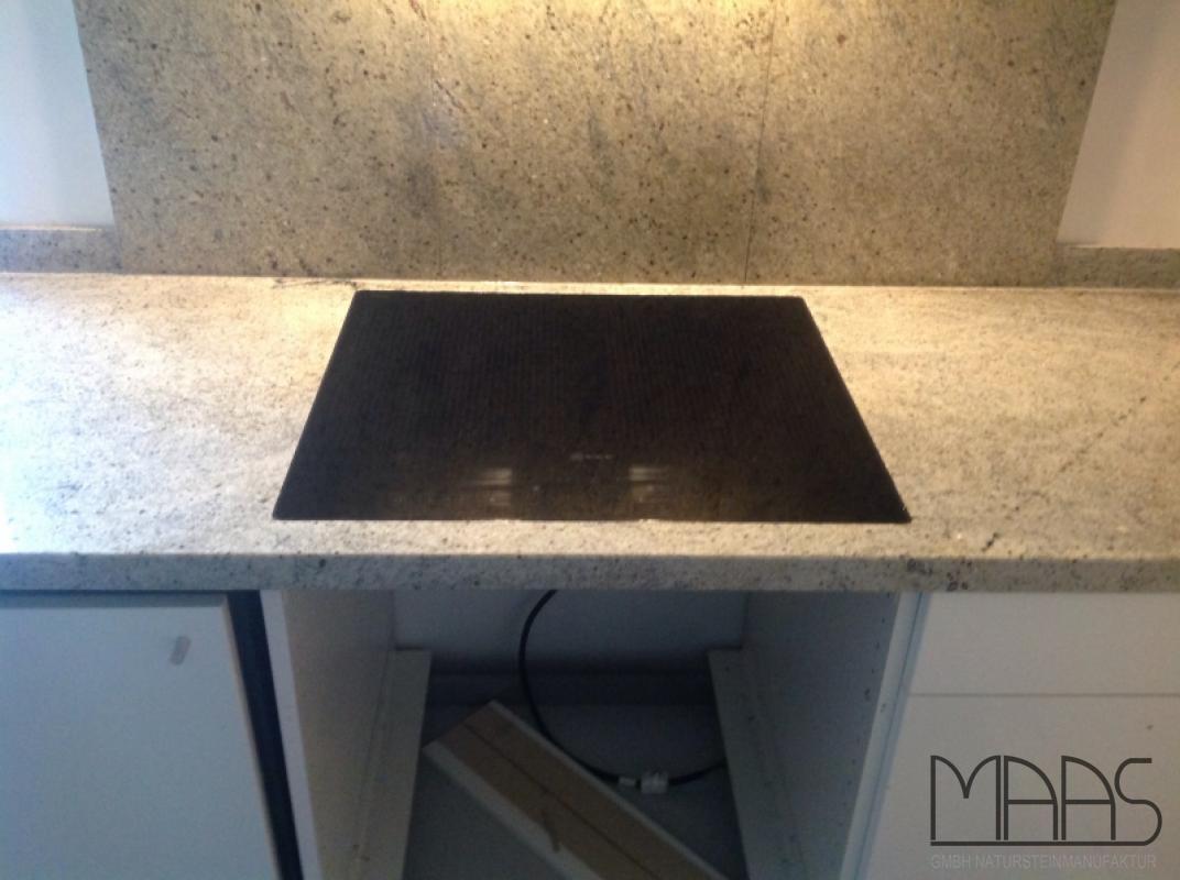 Full Size of Kashmir White Granit Arbeitsplatte Arbeitsplatten Küche Granitplatten Sideboard Mit Wohnzimmer Granit Arbeitsplatte