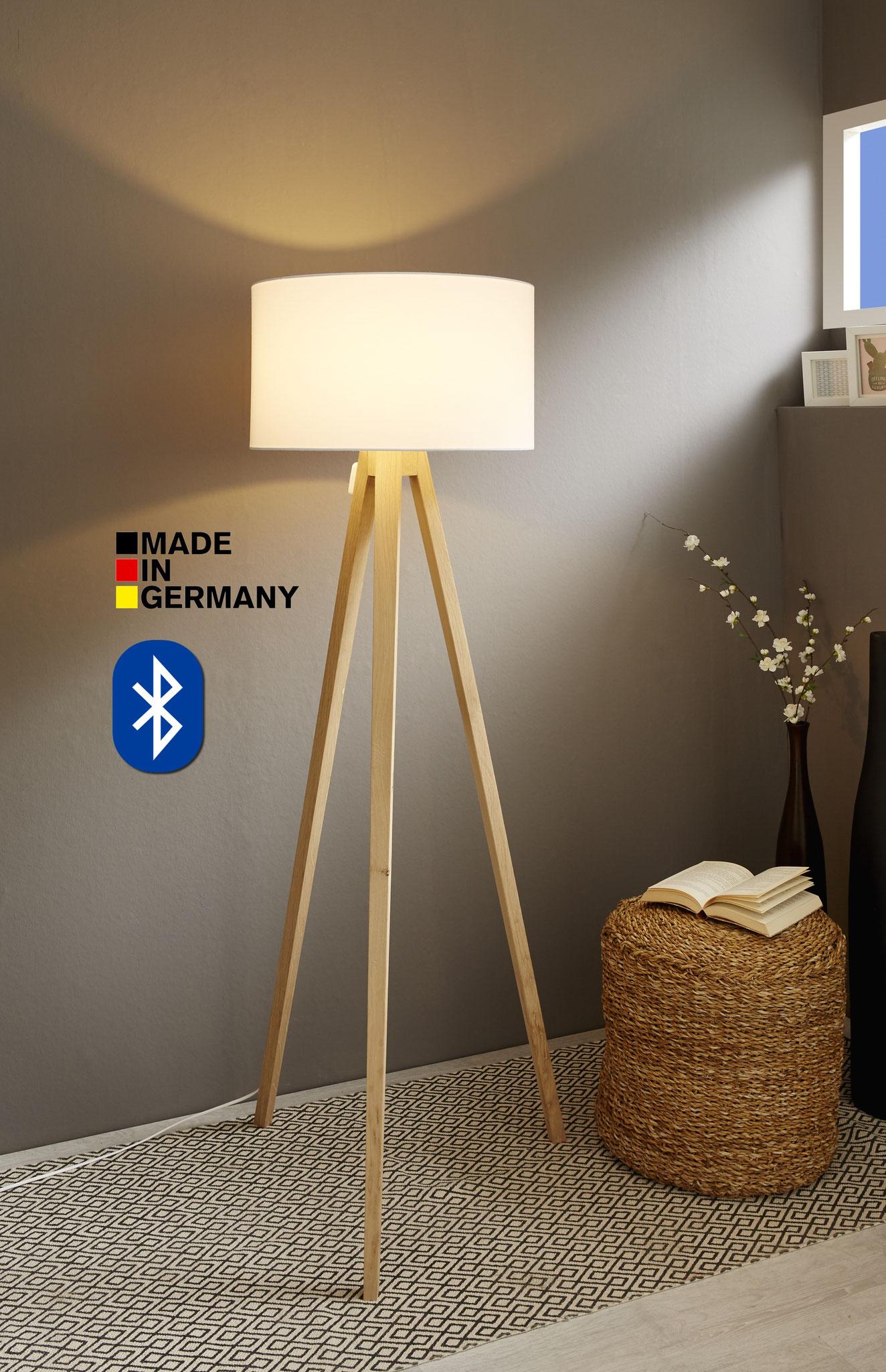 Full Size of Stehlampe Eiche Küche Bett Massiv 180x200 Esstisch Hotels In Bad Reichenhall Pension Stehlampen Wohnzimmer Regal Wildeiche Bodengleiche Duschen Ferienwohnung Wohnzimmer Stehlampe Eiche