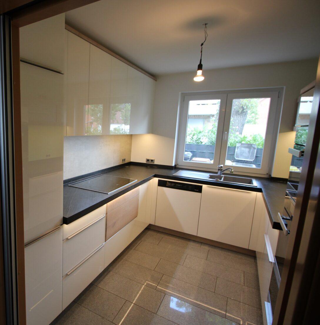 Large Size of Real Küchen Kche In U Form Knoor Mbeldesign Regal Wohnzimmer Real Küchen