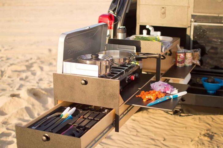 Medium Size of Overland Kitchen Von Scout Equipment Ausziehbare Outdoor Magnettafel Küche Aufbewahrung Industrielook Eckschrank Pendelleuchten Singleküche Mit E Geräten Wohnzimmer Mobile Küche Camping