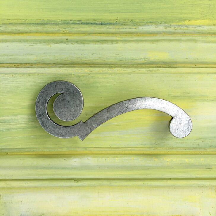 Medium Size of Küchenschrank Griffe Ein Besonders Hbscher Griff Im Retro Stil Als Notenschlssel Küche Möbelgriffe Wohnzimmer Küchenschrank Griffe