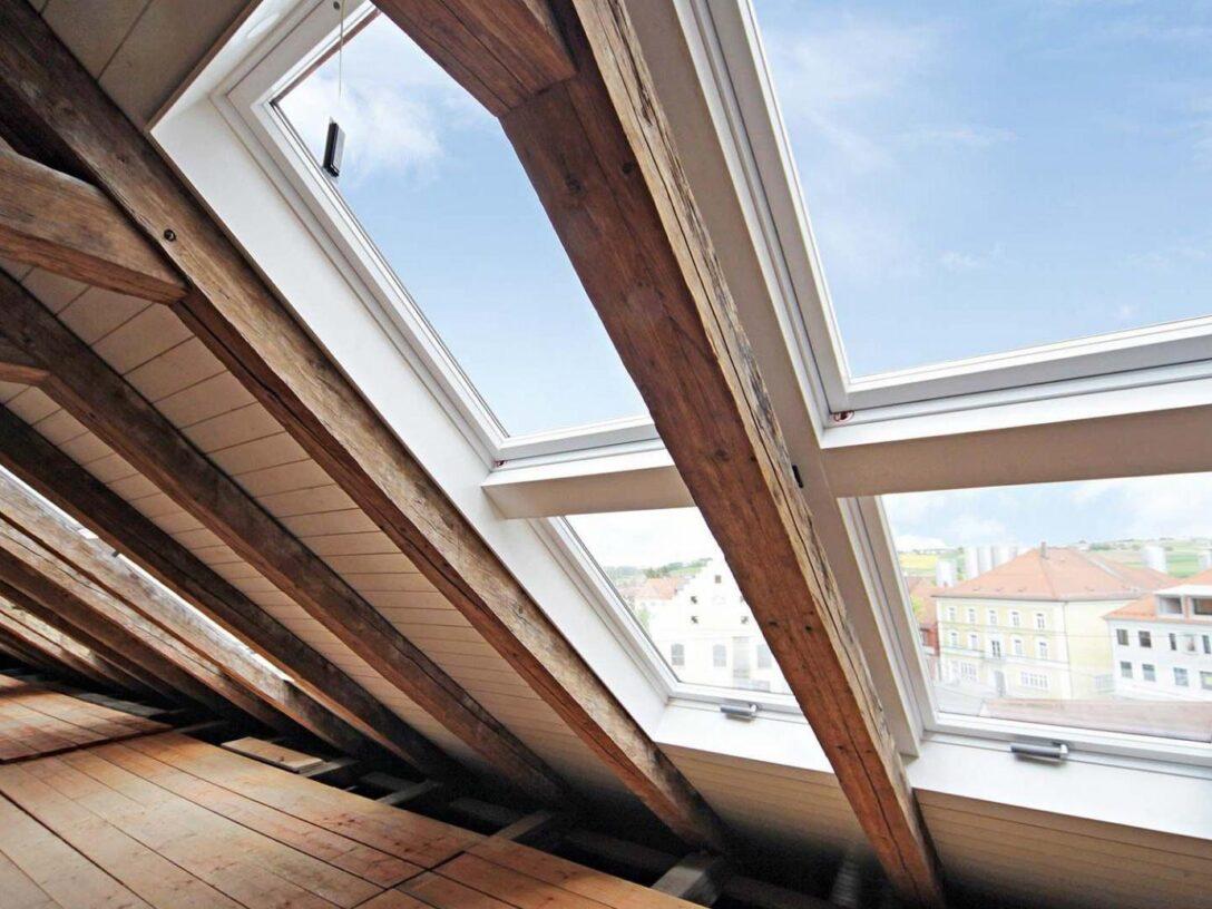 Large Size of Dachfenster Einbauen Einbau Im Winter Bodengleiche Dusche Nachträglich Fenster Neue Kosten Velux Rolladen Wohnzimmer Dachfenster Einbauen