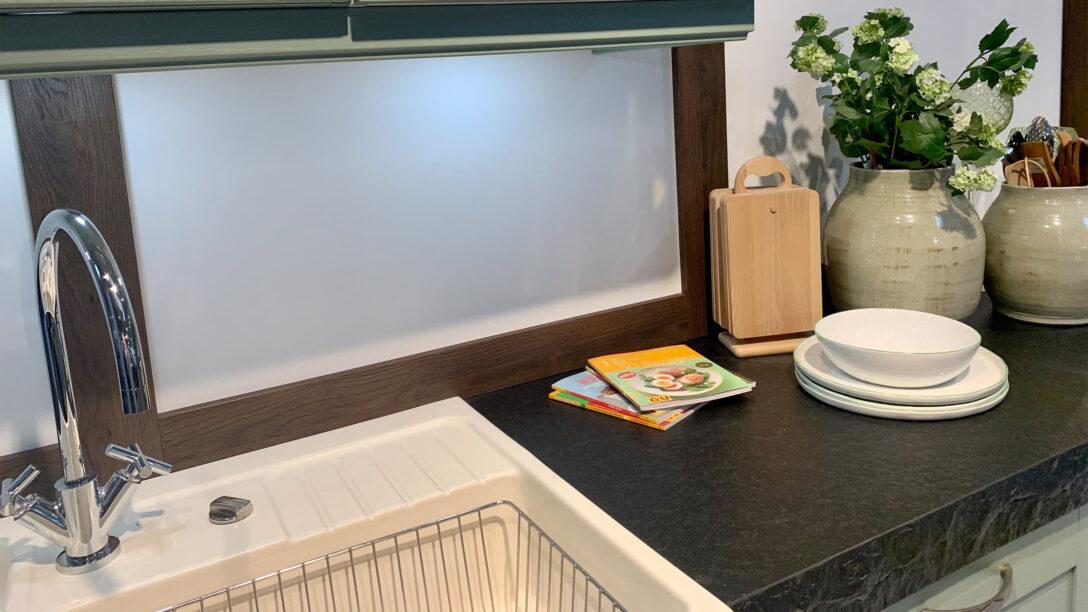 Large Size of Kochinsel Carolin In Salbeigrn 159 Kchen Staude Amerikanische Küche Kaufen Selber Planen Schneidemaschine Weiße Einbauküche Gebraucht Mit Tresen Blende Wohnzimmer Küche Salbeigrün