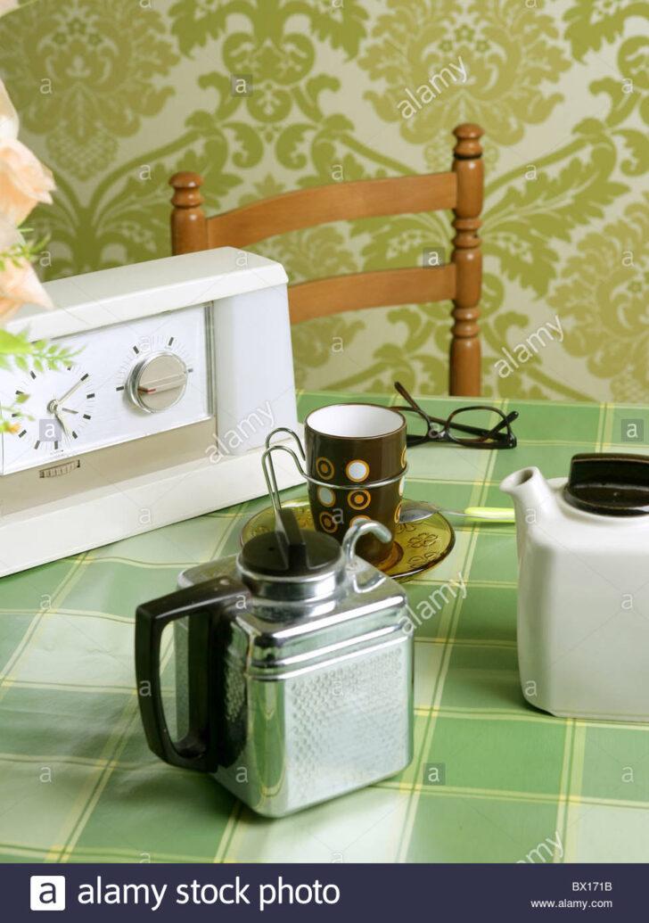 Medium Size of Heie Uhr Tasse Kche Sechziger Lcheln Stockfotos Einbauküche Günstig Hängeschrank Küche Glastüren Pantryküche Mit Kühlschrank Hängeschränke Ohne Wohnzimmer Tapete Küche Kaffee