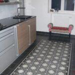 Exklusive Zementkacheln In Der Kche Bodenfliesen Beistellregal Küche Einhebelmischer Led Deckenleuchte Kleiner Tisch Barhocker Gebrauchte Einbauküche Nolte Wohnzimmer Küche Bodenfliesen