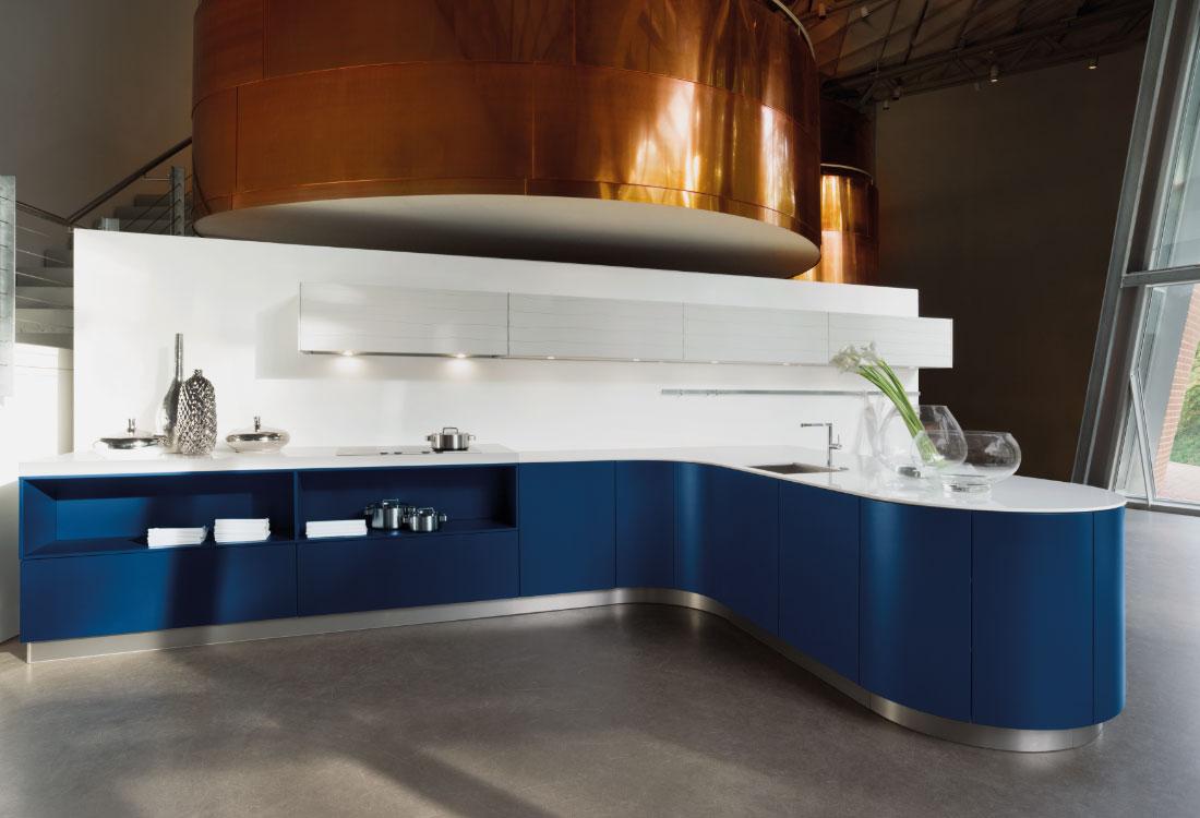 Full Size of Küche Blau Kleiner Tisch Raffrollo Gewinnen Doppelblock Arbeitsschuhe Kaufen Mit Elektrogeräten Arbeitsplatte Kräutertopf Büroküche Weiße Weiß Matt Wohnzimmer Küche Blau