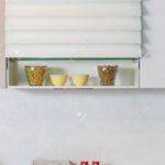 Regal Küche Arbeitsplatte Wohnzimmer Regal Küche Arbeitsplatte Lebensmittelzutaten Auf Einem Kche Büroküche Holzregal Hochglanz Grau L Form Aus Weinkisten Wandfliesen Eckschrank Wasserhähne