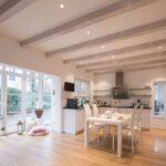 Schöne Decken Haus Innenarchitektur Bild Von Petaa Kalkes Auf Bungalow In 2020 Deckenleuchte Küche Bad Wohnzimmer Deckenlampen Modern Led Für Schlafzimmer Wohnzimmer Schöne Decken