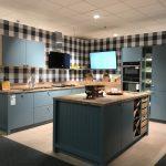 Ausstellungsküchen Schller Arosa Koje 23 Kchenzentrum Wohnzimmer Ausstellungsküchen