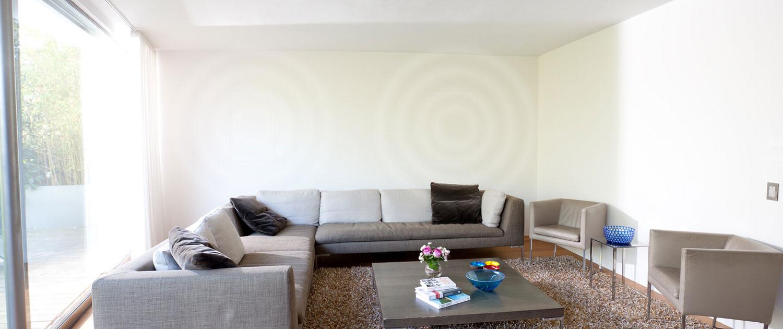 Full Size of Sofa Lautsprecher Couch Mit Bluetooth Big Und Led Licht Eingebauten Lautsprechern Musikboxen Poco Integriertem Unterputz Audio Team Home Entertainment L Küche Wohnzimmer Sofa Mit Musikboxen