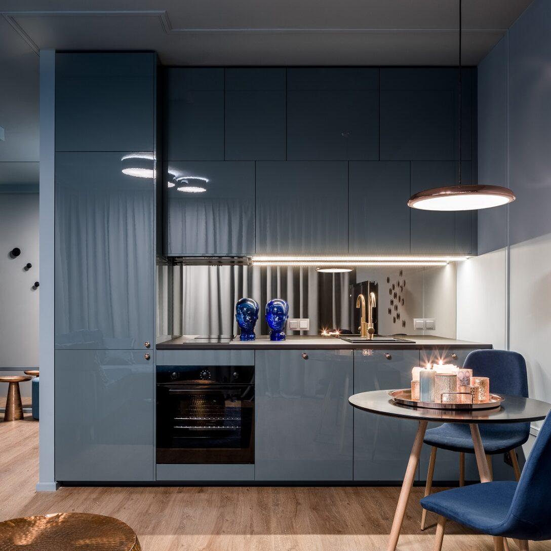 Large Size of Küche Blau Blaue Kchen Kchendesignmagazin Lassen Sie Sich Inspirieren Raffrollo Deckenleuchten Abluftventilator Miniküche Mit Kühlschrank Holzregal Outdoor Wohnzimmer Küche Blau